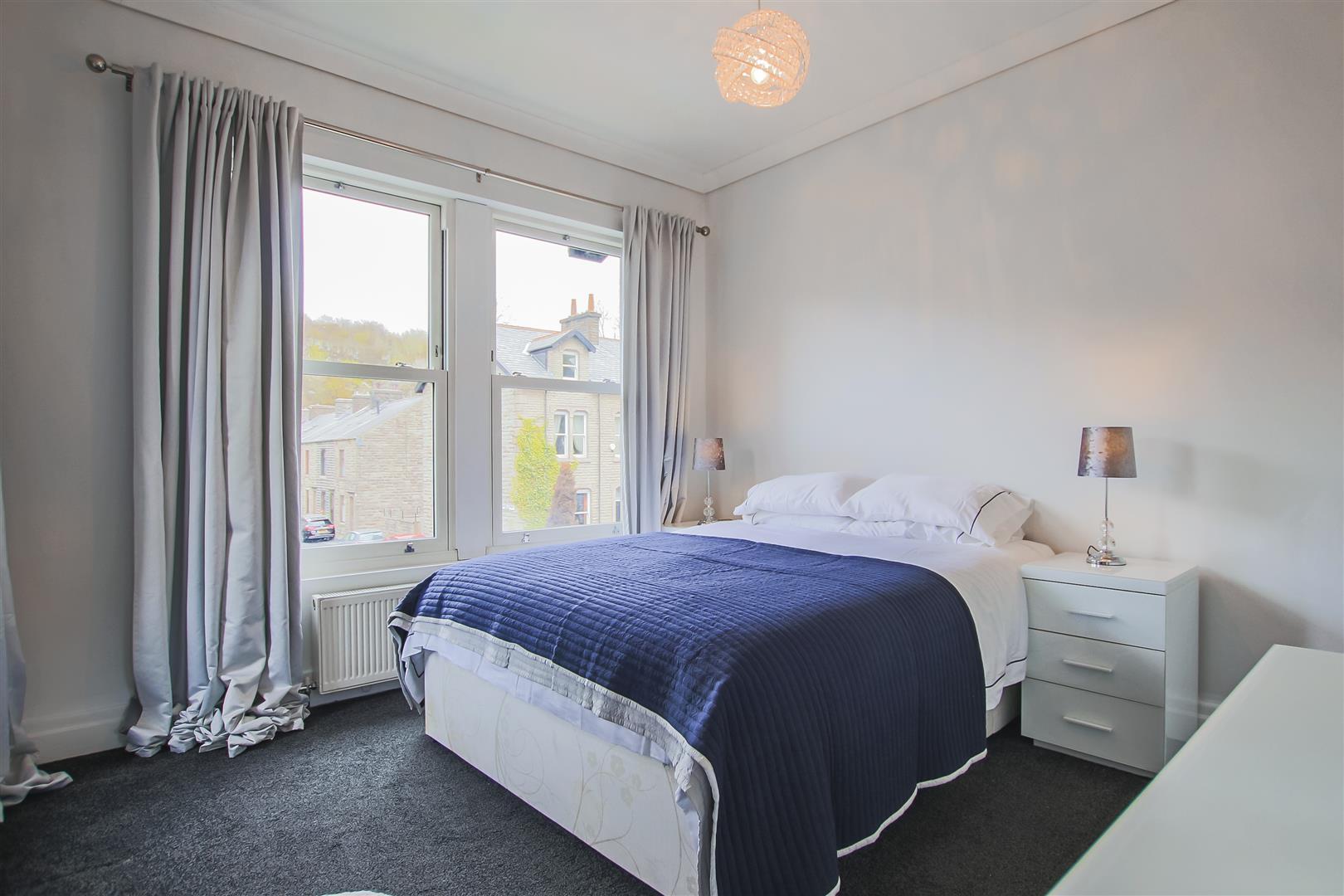 4 Bedroom Detached House For Sale - Image 7